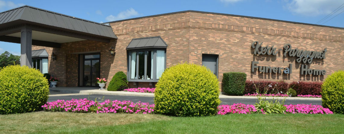 Kerr Parzygnot Funeral Home in Chicago Heights, IL